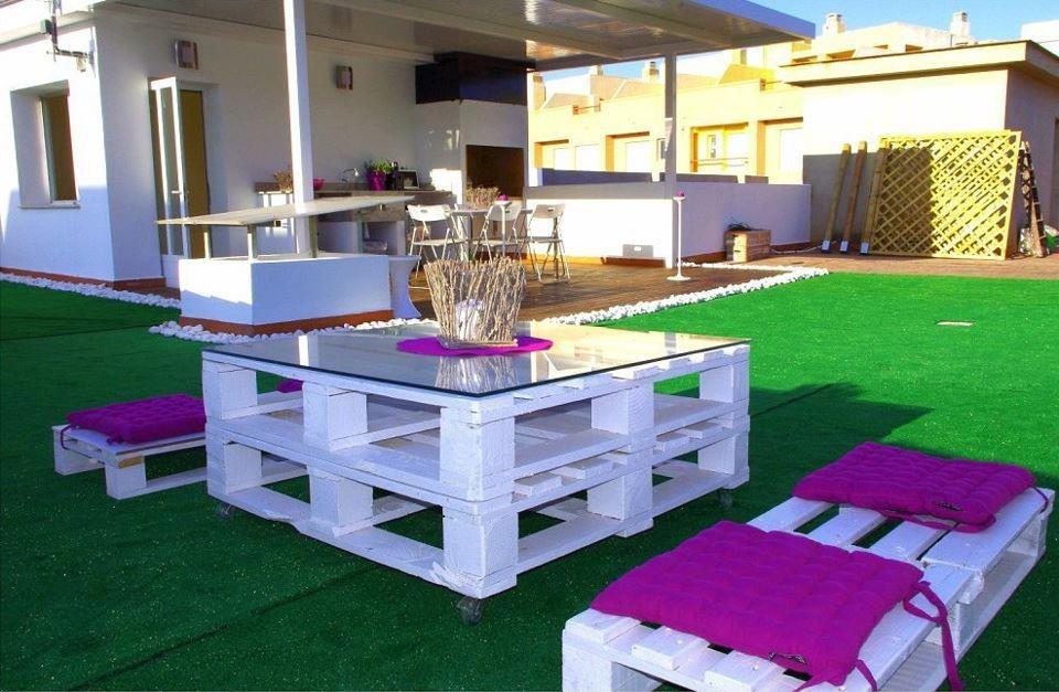 Мебел от пале за вашата градинската
