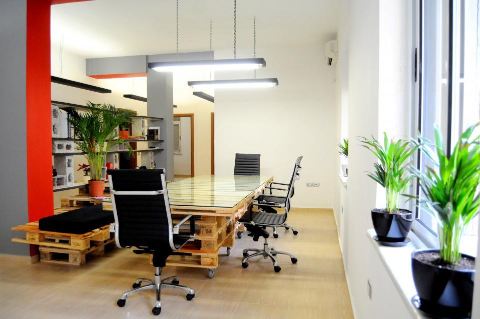 Офис мебели от палета