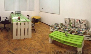 офис обзавеждане с мебели палети