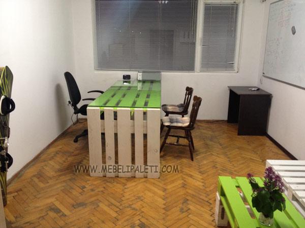мебели от палети за бизнес офис