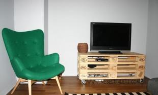 маса от палети за ТВ и дома