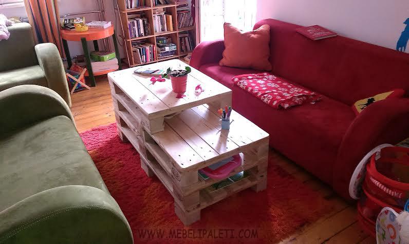 дървена холна маса от палети