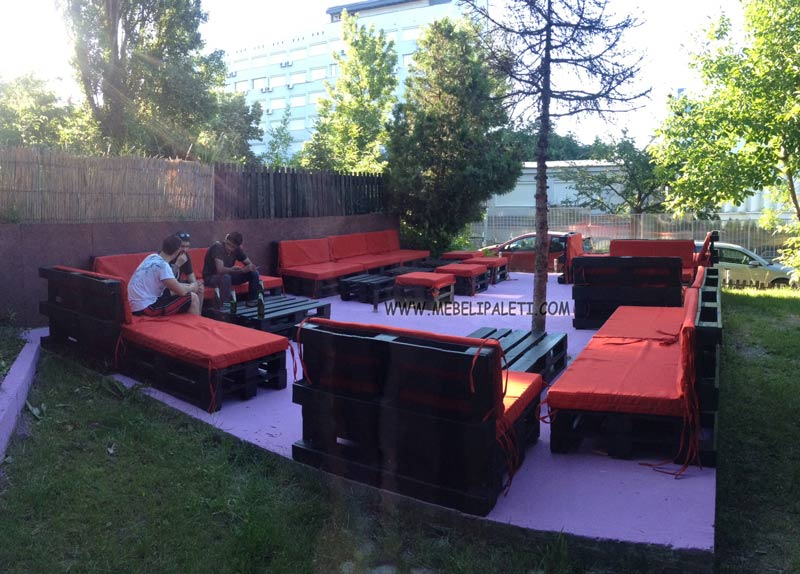 мебели от палети за градината и ресторант